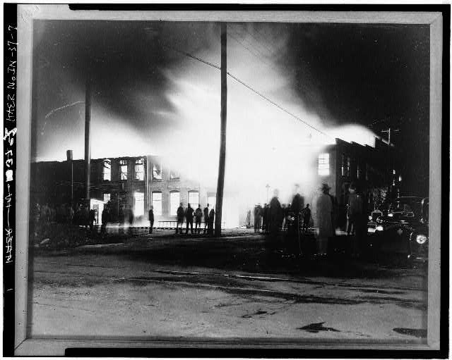 7.  PHOTOCOPY OF CA. 1935 PHOTOGRAPH SHOWING FIRE - Anderson Carriage Manufacturing Company, Twenty-fifth & Walton Streets, Anderson, Madison County, IN