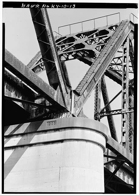 13.  Detail view showing riveted connections of trusses. - Big Four Bridge, Spanning Ohio River, Louisville, Jefferson County, KY