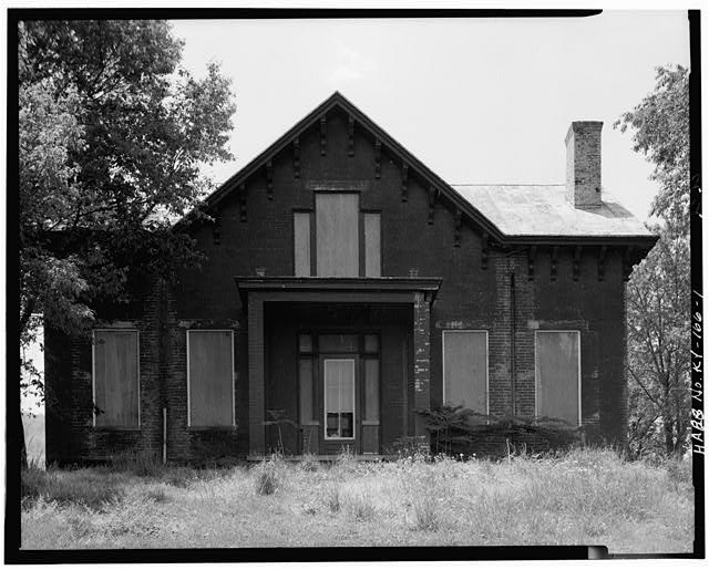 1.  NORTH FRONT - Thomas J. Bruce House, State Route 8 (south side), Vanceburg, Lewis County, KY