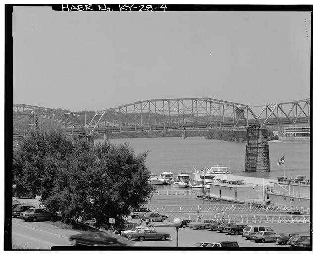 4.  OVERALL VIEW OF THE SECOND (INTERIOR) PENNSYLVANIA-PETIT TRUSS TAKEN FROM THE EAST - U.S. Route 27 Central Bridge, Spanning Ohio River, Newport, Campbell County, KY