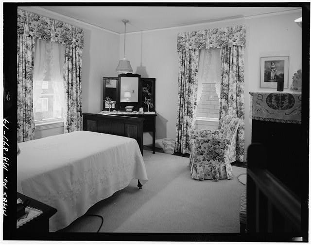19.  SECOND FLOOR, BEDROOM, VIEW LOOKING NORTHEAST - John Fitzgerald Kennedy Birthplace, 83 Beals Street, Brookline, Norfolk County, MA
