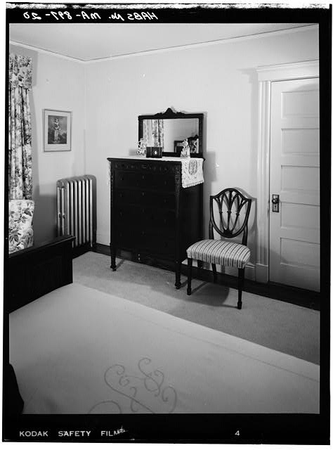 20.  SECOND FLOOR, BEDROOM, VIEW LOOKING SOUTHEAST - John Fitzgerald Kennedy Birthplace, 83 Beals Street, Brookline, Norfolk County, MA