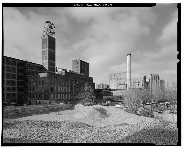2.  GENERAL SETTING, CROWN ROLLER MILL VISIBLE BEHIND BOILER HOUSE SMOKESTACK; LOOKING SOUTHWEST - Crown Roller Mill, 105 Fifth Avenue, South, West Side Milling District, Minneapolis, Hennepin County, MN
