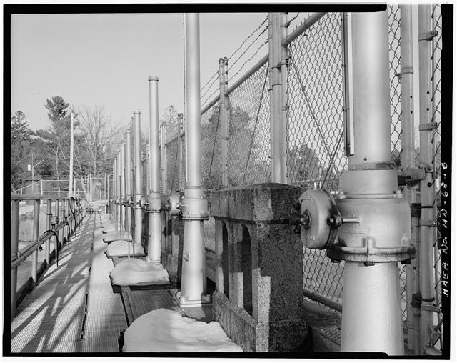 6.  Gate lifters, looking east - Pine River Reservoir Dam, Cross Lake, Crow Wing County, MN