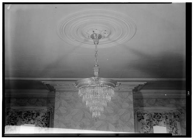 4.  May 10, 1958 CEILING MEDALLION-LIVING ROOM. - Smithson House, Newland Highway, Elizabeth City, Pasquotank County, NC