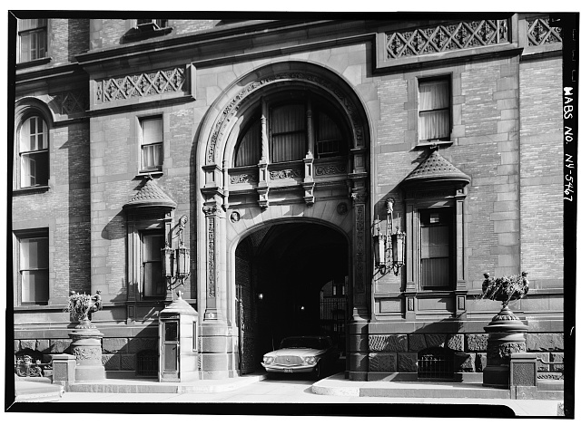 4.  Historic American Buildings Survey, 1965, SOUTH ENTRANCE DETAIL. - The Dakota (Apartments), 1 West Seventy-second Street, Central Park West, New York County, NY