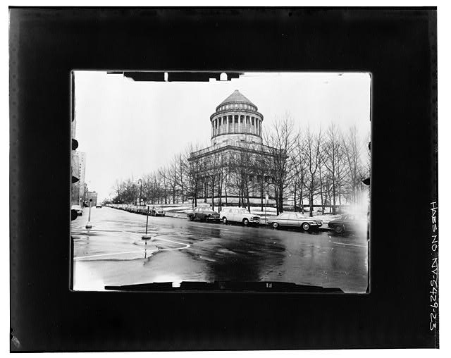 22.  NE CORNER, ANGLED--INCLINED Copy photograph of photogrammetric plate LC-HABS-GS05-T-2564-106L. - Grant's Monument, Riverside Drive & West 122nd Street, New York County, NY