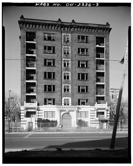 3.  FACADE, LOOKING NORTH - Hotel St. Regis, 8205 Euclid Avenue, Cleveland, Cuyahoga County, OH