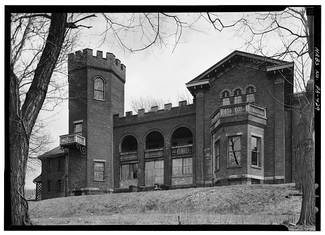 2.  Historic American Buildings Survey, April, 1963 WEST ELEVATION. - Bowman's Castle, Front & Second Streets, Brownsville, Fayette County, PA