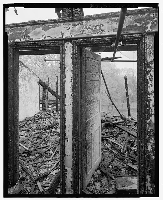 View looking west from main corridor into what had been town resident rooms on the west side of the south wing. - U. S. Naval Asylum, Biddle Hall, Gray's Ferry Avenue, Philadelphia, Philadelphia County, PA