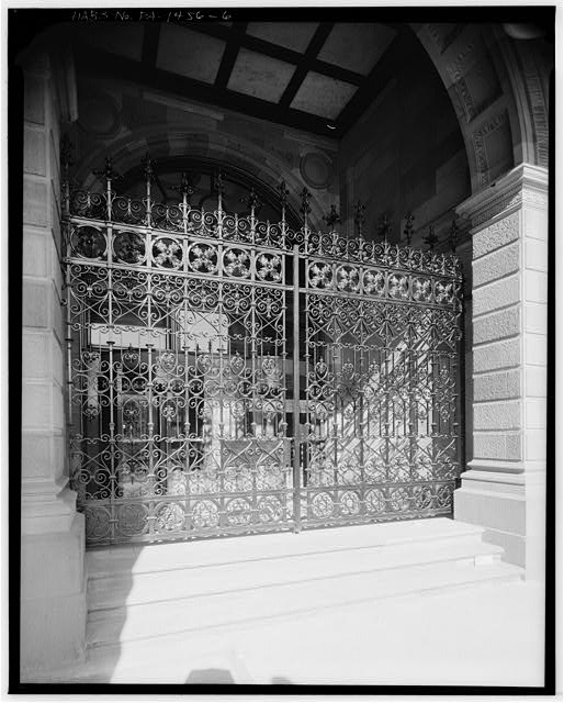 6.  IRON GATE, EAST ELEVATION - Philadelphia Bourse, 11-21 South Fifth Street, Philadelphia, Philadelphia County, PA