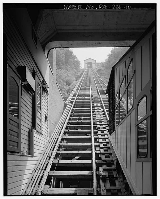 10.  LOWER STATION, FIRST FLOOR, INCLINE PLANE TRCK LOOKING SOUTH SOUTHEAST, UPPER STATION. - Monongahela Incline Plane, Connecting North side of Grandview Avenue at Wyoming Street with West Carson Street near Smithfield Street, Pittsburgh, Allegheny County, PA