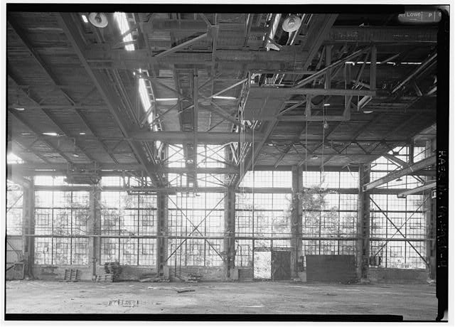Interior detail, showing eastern end of girder shop. - Phoenix Iron Company, Girder Shop No. 6, North of French Creek, west of Gay Street, Phoenixville, Chester County, PA