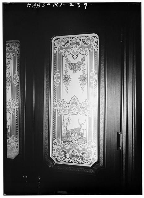 28.  Historic American Buildings Survey, Laurence E. Tilley, Photographer April, 1958 DINING ROOM DOOR DETAIL. - Governor Henry Lippitt House, 199 Hope Street, Providence, Providence County, RI