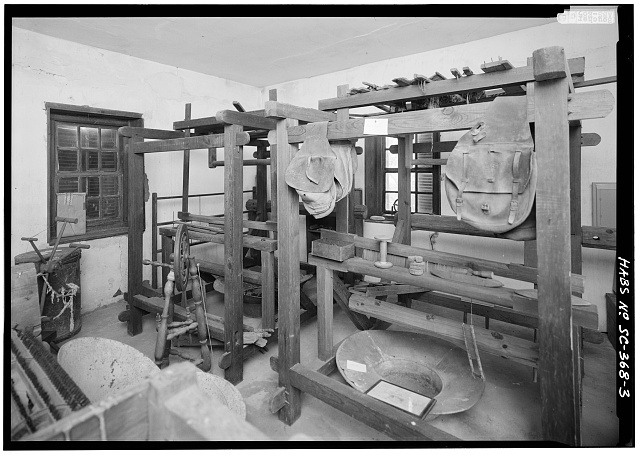 3.  VIEW WEST FROM DOOR OF NORTHERN ROOM OF WEAVING HOUSE, SHOWING INTERIOR WITH LOOMS - Borough House, Weaving House, State Route 261 & Garners Ferry Road, Stateburg, Sumter County, SC