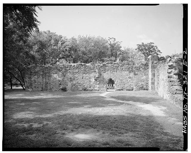 2.  OLD CHURCH, LOOKING SOUTHWEST - Mission San Juan de Capistrano, Old Church, Berg's Mill-Graf Road, San Antonio, Bexar County, TX