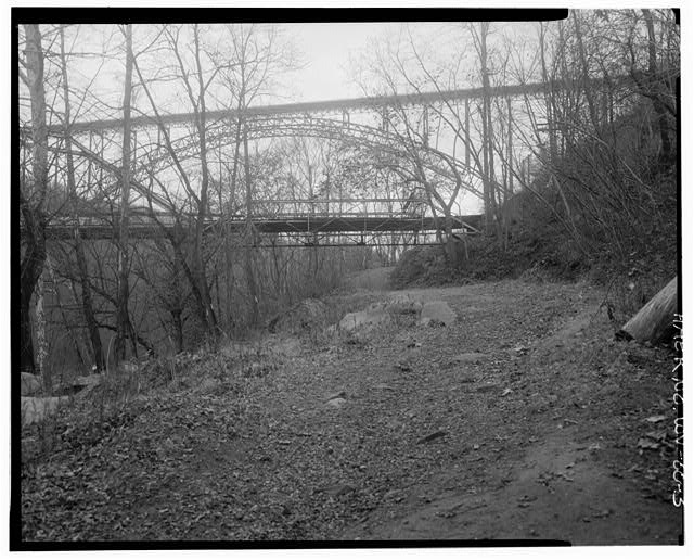 3. View northwest, southeast elevation. - Fayette Station Bridge, Spanning New River at County Route 82, Fayetteville, Fayette County, WV