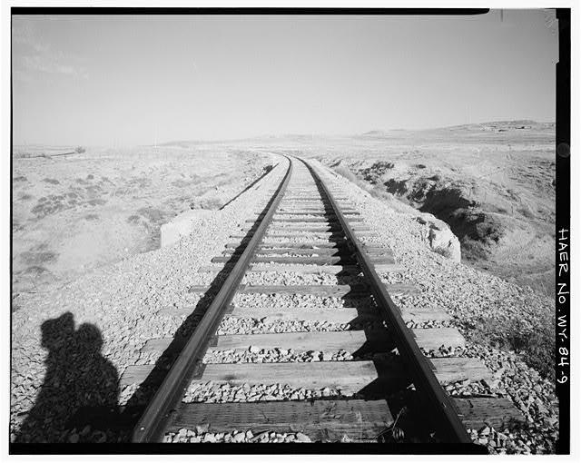 9.  Railroad tracks along slight curve across top of bridge, view to east; US Route 20 at far left, 1-25 at far right - Canyon Creek Bridge No. 924, Milepost 592.12, Casper, Natrona County, WY