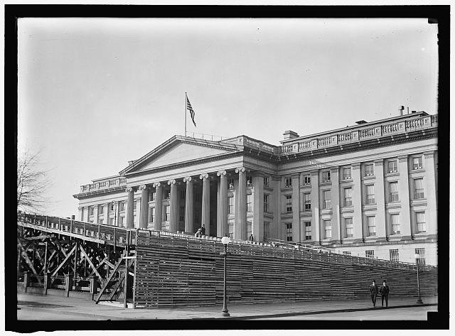 INAUGURAL STANDS. SOUTHEAST CORNER OF TREASURY