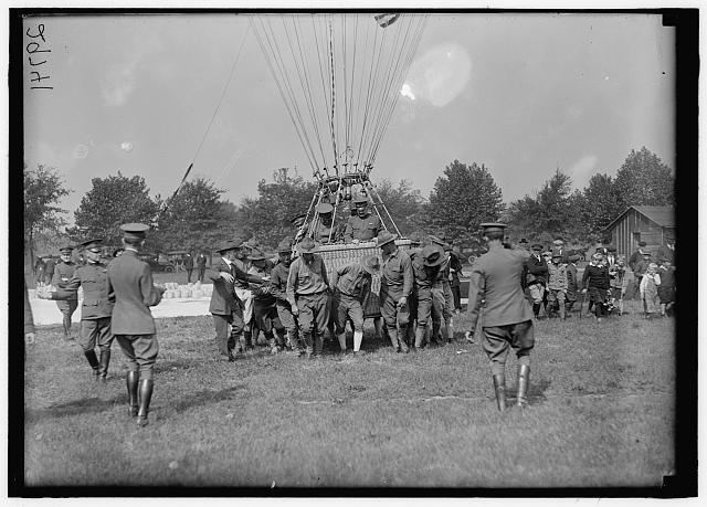 KENLY, WILLIAM LACY. MAJ. FEN., U.S.A.; CHIEF OF AIR SERVICE, A.E.F., 1917; DIRECTOR, MILITARY AERONAUTICS, 1918-. BALLOONS