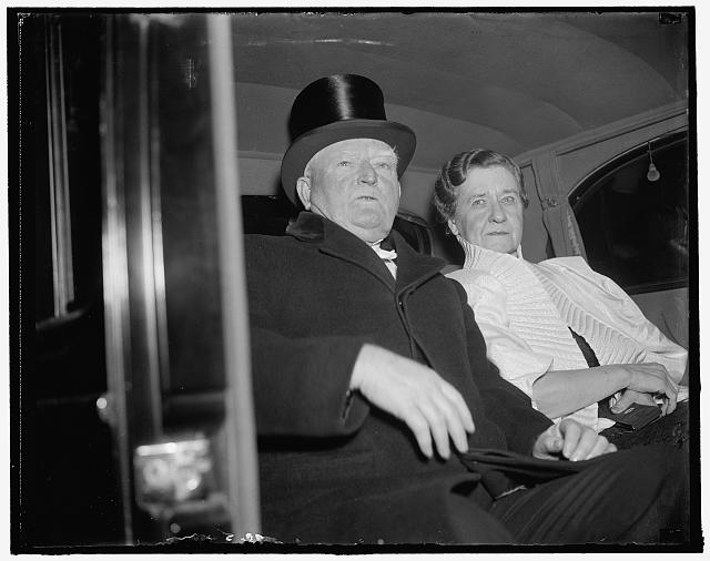Garners arrive at White House. Washington, D.C., Jan. 6. Vice President and Mrs. John N. Garner as they arrived at the White House tonight to attend the dinner given in their honor by President and Mrs. Roosevelt. This is one of the few occasions during the year that the Vice President dons formal attire and dines out with Mrs. Garner, 1/6/38