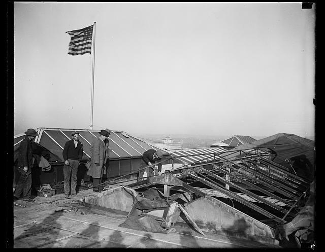 [Inspecting roof of White House after fire. Washington, D.C.]