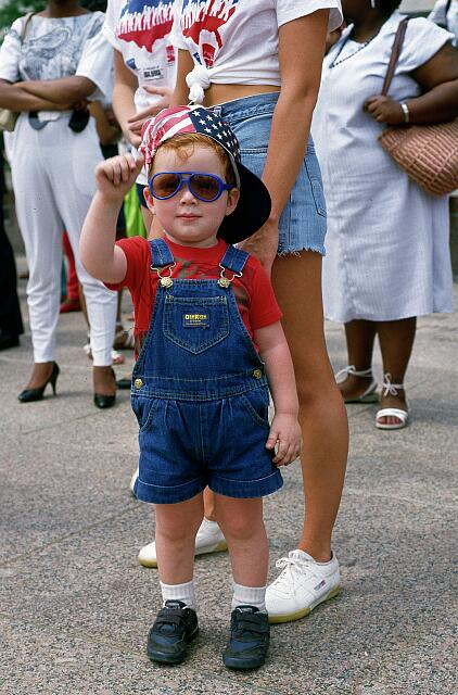 Youngster enjoys Independence Day Parade, Washington, D.C.