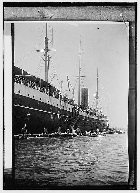 Egyptian views. Port Said. Arrival of a Turkish transport