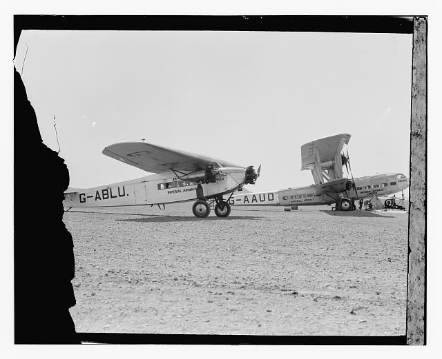 "[Imperial Airways airplanes: ""Hanno"" (right) and the ""Apollo"" (left)]"