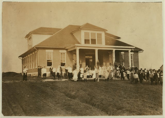 Rich Pond School (consolidated). See Kentucky report.  Location: Warren County, Kentucky