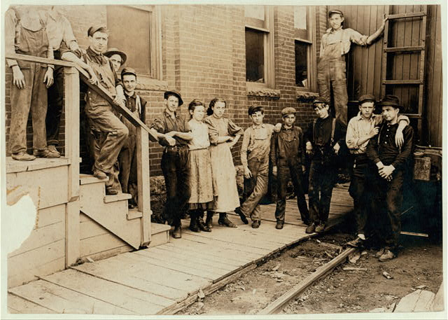 Noon hour at An Indianapolis Cannery. Aug., 1908.  Location: Indianapolis, Indiana.