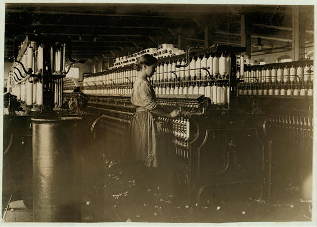 A spinner in Clyde Cotton Mill, Newton, N.C.  Location: Newton, North Carolina