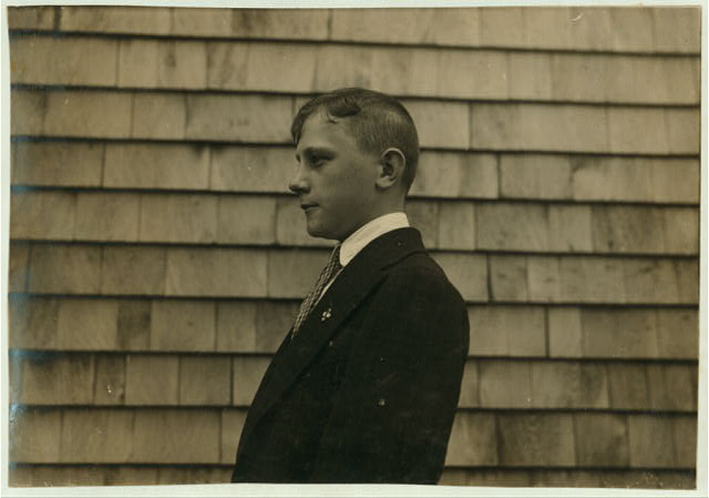 Wm. Berupe - 15 years. 36 Assonat [i.e., Assonet?] Settlement boy. Sweeper and cleaner. Sunday clothes. French.  Location: Fall River, Massachusetts