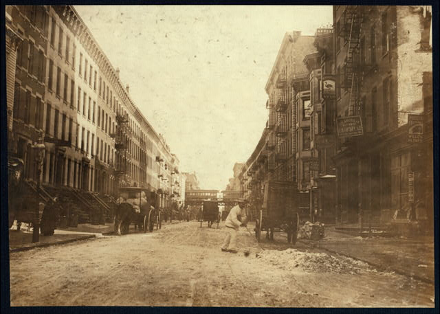 107th St., east from Third Ave., N.Y.  A centre for willow plumes.  Location: New York, New York (State)