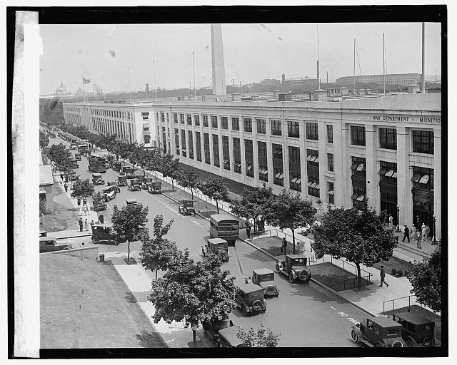 Munitions Bldg. [i.e., Main Navy and Munitions Buildings, temporary office buildings at Constitution Avenue near 18th Street, N.W., Washington, D.C.]