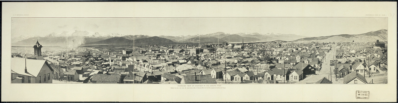Panoramic view of Leadville in 1912, looking west. Behind the town and across the intervening valley of Arkansas River are the lofty summits of the Sawatch Range