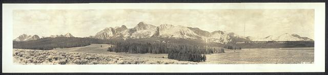 Sawtooth Mountains near Stanley, Idaho