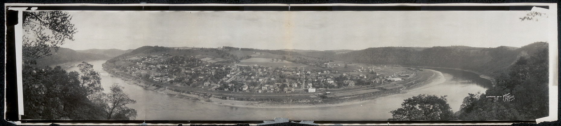 Panoramic view of town of East Brady, Pa.