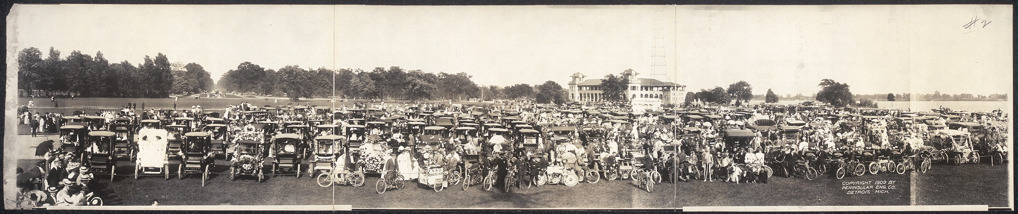 [Glidden Tour Parade at Belle Isle]