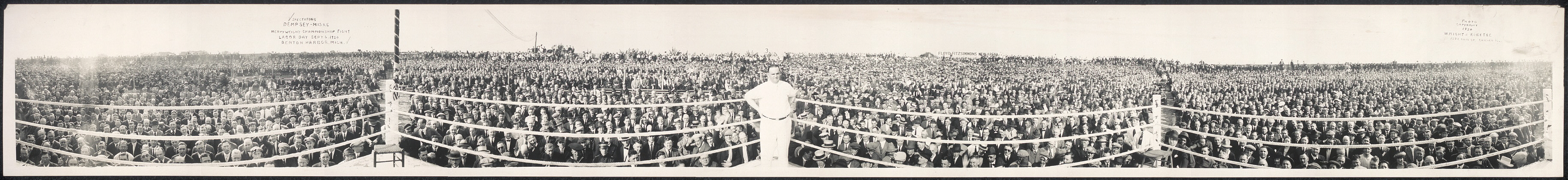 Spectators, Dempsey - Miske heavyweight championship fight, Labor Day, Sept. 6, 1920, Benton Harbor, Mich.