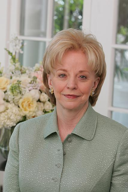 Official portrait of Mrs. Lynne Cheney. Naval Observatory