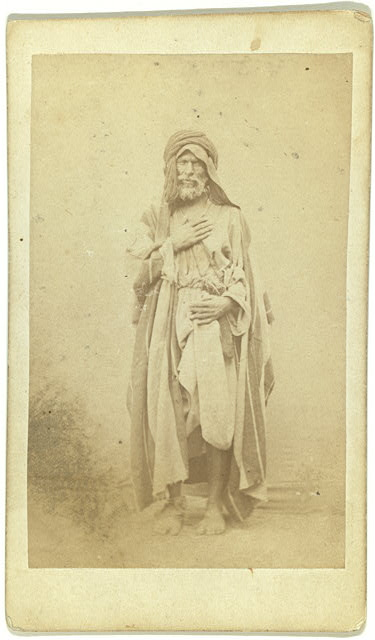 [Full-length portrait of man, facing front]