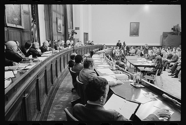 [House Judiciary Subcommittee questioning President Gerald Ford on pardoning former President Richard Nixon, Washington, D.C.]