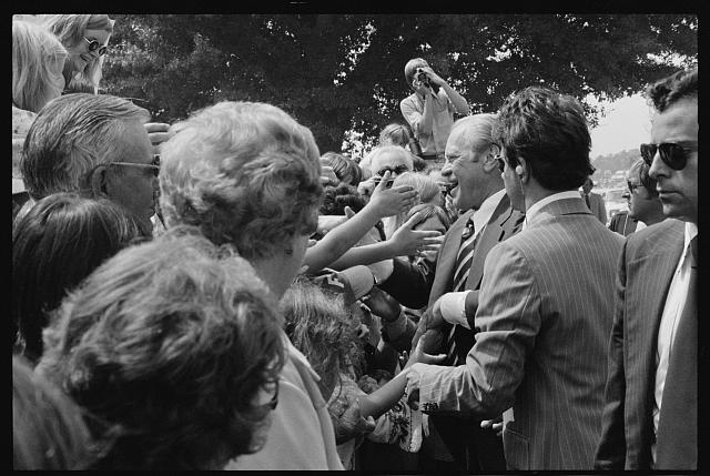 [President Gerald Ford shakes hands at a campaign stop in the South]