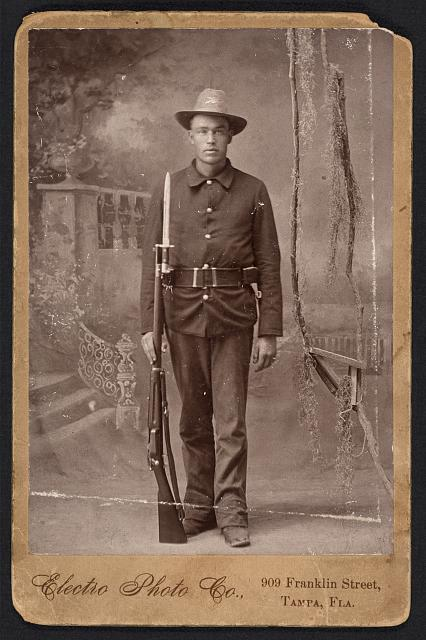 [Spanish American War, Infantry, holding Krag rifle with fixed bayonette, cartridge belt]