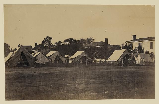 [Tents, possibly used by workers at Giesboro cavalry depot]
