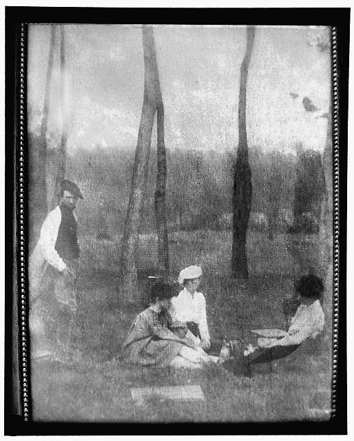 [Edward Steichen, Frances Delehanty, Charlotte Smith (Paddock), and Hermine Käsebier (Turner) at Voulangis, France, posed in the spirit of the French Impressionists]