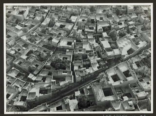 Baghdad. Looking down on houses in the heart of the old city of Haroun El-Rashid