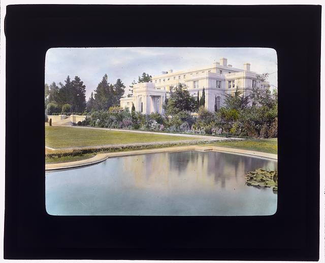 "[""Uplands,"" Charles Templeton Crocker house, 400 Uplands Drive, Hillsborough, California. View to porte cochère terrace with herbaceous border]"