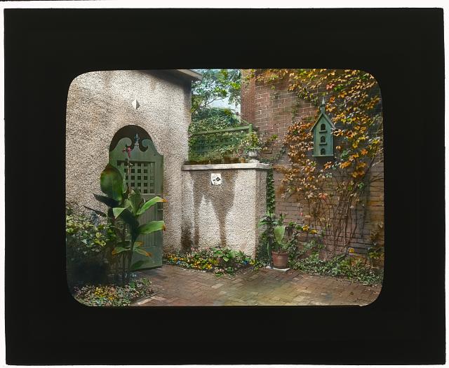 [William Windom house, 1723 de Sales Place, Washington, D.C. Gate]
